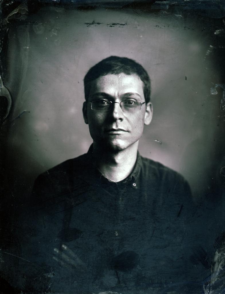 Portraitbild von Carsten Schmitt, mit historischer Ambrotypie-Technik erstellt.